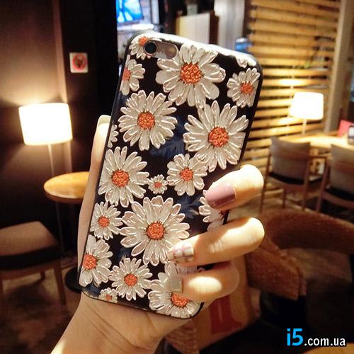 Чехол объемные ромашки на Iphone 8 PLUS